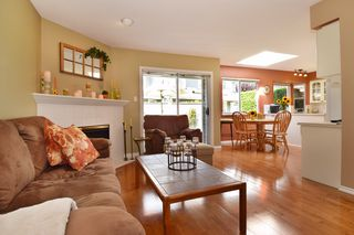 "Photo 10: 6139 W BOUNDARY Drive in Surrey: Panorama Ridge Townhouse for sale in ""LAKEWOOD GARDENS"" : MLS®# F1448168"