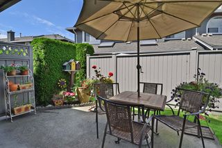 "Photo 20: 6139 W BOUNDARY Drive in Surrey: Panorama Ridge Townhouse for sale in ""LAKEWOOD GARDENS"" : MLS®# F1448168"