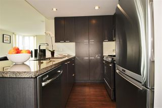"Photo 3: 1901 2200 DOUGLAS Road in Burnaby: Brentwood Park Condo for sale in ""AFFINITY"" (Burnaby North)  : MLS®# R2002231"