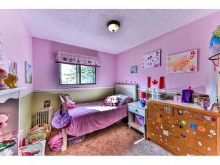 Photo 12: 18065 57 Avenue in Surrey: Cloverdale BC House for sale (Cloverdale)  : MLS®# R2002625