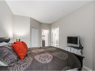 """Photo 11: 217 1153 KENSAL Place in Coquitlam: New Horizons Condo for sale in """"ROYCROFT"""" : MLS®# R2010380"""