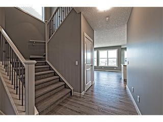 Photo 3: 139 NOLANCREST Heights NW in Calgary: Nolan Hill House  : MLS®# C4041790