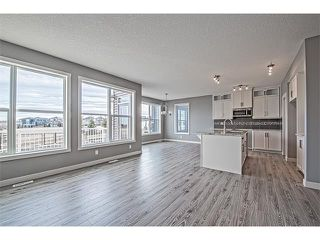 Photo 4: 139 NOLANCREST Heights NW in Calgary: Nolan Hill House  : MLS®# C4041790