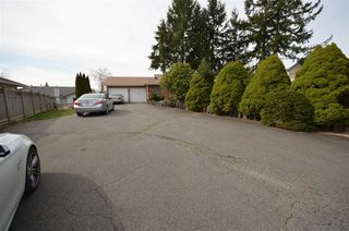 Photo 2: 2981 TOWNLINE Road in Abbotsford: Abbotsford West House for sale : MLS®# R2048001
