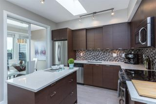 "Photo 5: PH1 4372 FRASER Street in Vancouver: Fraser VE Condo for sale in ""THE SHERIDAN"" (Vancouver East)  : MLS®# R2082192"