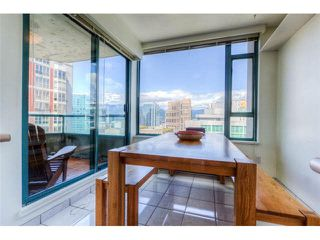 "Photo 4: 2204 888 HAMILTON Street in Vancouver: Yaletown Condo for sale in ""Rosedale Garden Residences"" (Vancouver West)  : MLS®# R2095328"