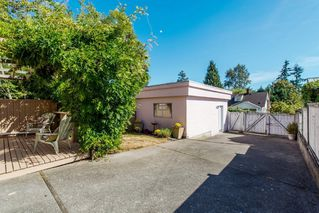 Photo 35: 968 CHARLAND Avenue in Coquitlam: Central Coquitlam 1/2 Duplex for sale : MLS®# R2114374