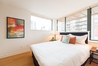 "Photo 11: PH1 1688 ROBSON Street in Vancouver: West End VW Condo for sale in ""Pacific Robson Palais"" (Vancouver West)  : MLS®# R2123676"
