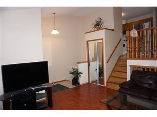 Photo 3: 260 ERIN MEADOW Close SE in Calgary: Erin Woods House for sale : MLS®# C4095343