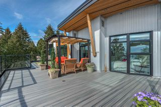 "Photo 15: 501 14855 THRIFT Avenue: White Rock Condo for sale in ""Royce"" (South Surrey White Rock)  : MLS®# R2149849"