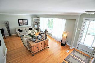 Photo 2: Winnipeg Home For Sale in Garden City
