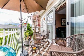 """Photo 11: 32 46350 CESSNA Drive in Chilliwack: Chilliwack E Young-Yale Townhouse for sale in """"HAMLEY ESTATES"""" : MLS®# R2173912"""