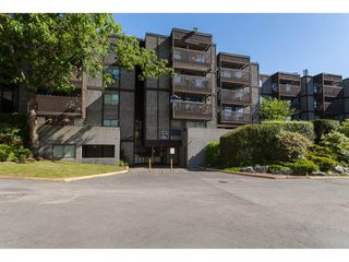"""Photo 1: 118 9682 134 Street in Surrey: Whalley Condo for sale in """"Parkwoods"""" (North Surrey)  : MLS®# R2175006"""