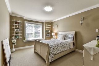 "Photo 12: 2346 MERLOT Boulevard in Abbotsford: Aberdeen House for sale in ""PEPIN BROOK VINEYARD ESTATES"" : MLS®# R2175065"