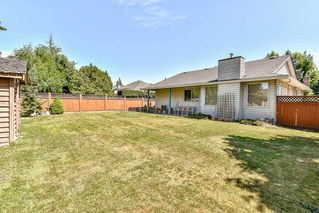 Photo 18: 9127 161A Street in Surrey: Fleetwood Tynehead House for sale : MLS®# R2188659