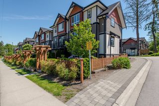 "Photo 2: 8 6378 142 Street in Surrey: Sullivan Station Townhouse for sale in ""Kendra"" : MLS®# R2193744"