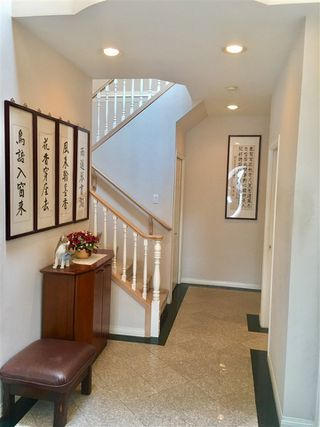 Photo 3: 8 6700 WILLIAMS Road in Richmond: Woodwards Townhouse for sale : MLS®# R2194343