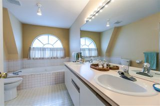 "Photo 15: 108 6109 W BOUNDARY Drive in Surrey: Panorama Ridge Townhouse for sale in ""Lakewood Gardens"" : MLS®# R2197585"