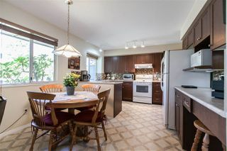 "Photo 8: 108 6109 W BOUNDARY Drive in Surrey: Panorama Ridge Townhouse for sale in ""Lakewood Gardens"" : MLS®# R2197585"