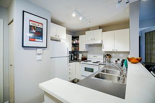 """Photo 6: 417 6833 VILLAGE GREEN in Burnaby: Highgate Condo for sale in """"CARMEL"""" (Burnaby South)  : MLS®# R2206766"""
