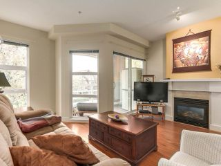 "Photo 7: 365 5790 EAST Boulevard in Vancouver: Kerrisdale Townhouse for sale in ""THE LAUREATES"" (Vancouver West)  : MLS®# R2209302"