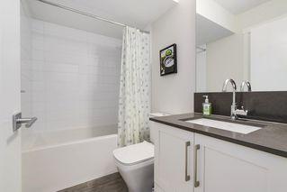 Photo 18: 16457 24A Avenue in Surrey: Grandview Surrey Condo for sale (South Surrey White Rock)  : MLS®# R2210767