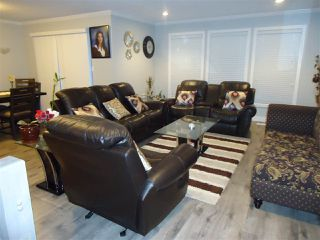 Photo 6: 32837 HARWOOD Crescent in Abbotsford: Central Abbotsford House for sale : MLS®# R2211745
