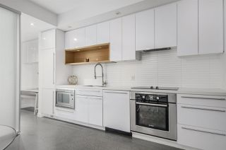 "Photo 9: 266 E 2ND Avenue in Vancouver: Mount Pleasant VE Townhouse for sale in ""Jacobsen"" (Vancouver East)  : MLS®# R2212313"