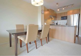 "Photo 3: 519 3050 DAYANEE SPRINGS Boulevard in Coquitlam: Westwood Plateau Condo for sale in ""BRIDGES"" : MLS®# R2213004"