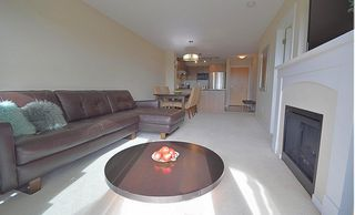 "Photo 5: 519 3050 DAYANEE SPRINGS Boulevard in Coquitlam: Westwood Plateau Condo for sale in ""BRIDGES"" : MLS®# R2213004"