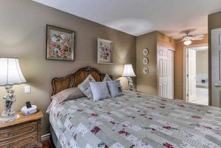 "Photo 15: 101 1500 MERKLIN Street: White Rock Condo for sale in ""Cimarron"" (South Surrey White Rock)  : MLS®# R2213860"
