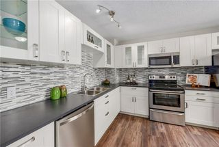 Photo 2: #64 2519 38 ST NE in Calgary: Rundle House for sale : MLS®# C4123299