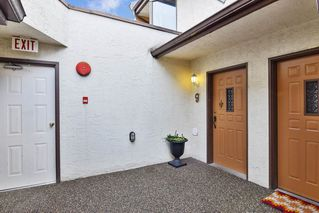 """Photo 12: 9 20229 FRASER Highway in Langley: Langley City Condo for sale in """"Langley Place"""" : MLS®# R2225434"""