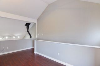 """Photo 7: 9 20229 FRASER Highway in Langley: Langley City Condo for sale in """"Langley Place"""" : MLS®# R2225434"""