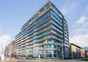 "Photo 1: 309 181 W 1ST Avenue in Vancouver: False Creek Condo for sale in ""THE BROOK"" (Vancouver West)  : MLS®# R2230546"