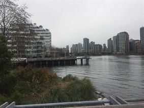 "Photo 18: 309 181 W 1ST Avenue in Vancouver: False Creek Condo for sale in ""THE BROOK"" (Vancouver West)  : MLS®# R2230546"