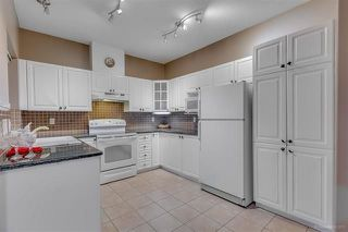 """Photo 3: 5 915 FORT FRASER Rise in Port Coquitlam: Citadel PQ Townhouse for sale in """"BRITTANY PLACE"""" : MLS®# R2230819"""