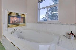 """Photo 9: 5 915 FORT FRASER Rise in Port Coquitlam: Citadel PQ Townhouse for sale in """"BRITTANY PLACE"""" : MLS®# R2230819"""