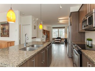"Photo 9: 6 8250 209B Street in Langley: Willoughby Heights Townhouse for sale in ""Outlook"" : MLS®# R2233162"