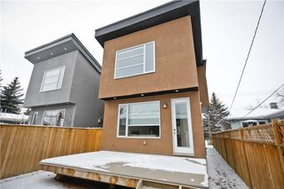 Photo 2: 520 37 ST SW in Calgary: Spruce Cliff House for sale : MLS®# C4144471