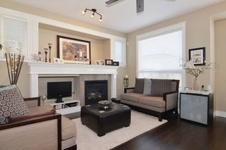 Photo 10: 7309 192 A St in Surrey: Home for sale : MLS®# F1411635