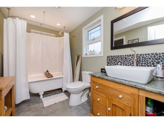 Photo 10: 41751 YARROW CENTRAL Road: Yarrow House for sale : MLS®# R2246799