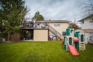 Photo 19: 18312 HUNTER Place in Surrey: Cloverdale BC House for sale (Cloverdale)  : MLS®# R2250960