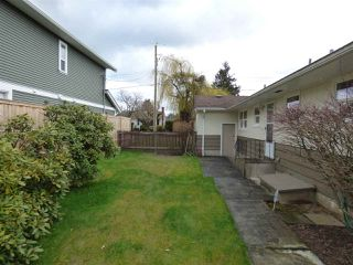 Photo 16: 45737 HENLEY Avenue in Chilliwack: Chilliwack N Yale-Well House for sale : MLS®# R2252155