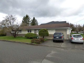 Photo 1: 45737 HENLEY Avenue in Chilliwack: Chilliwack N Yale-Well House for sale : MLS®# R2252155