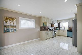 Photo 6: 9088 126 Street in Surrey: Queen Mary Park Surrey House for sale : MLS®# R2260906