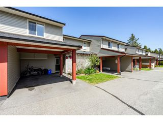 "Photo 2: 51 27456 32 Avenue in Langley: Aldergrove Langley Townhouse for sale in ""Cedar Park Estates"" : MLS®# R2261779"