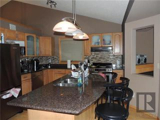 Photo 7: 39 Hamilton Meadows Drive in Winnipeg: Crestview Residential for sale (5H)  : MLS®# 1822749