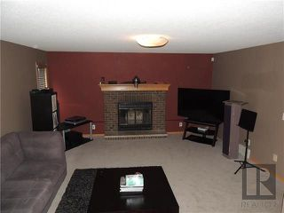 Photo 6: 39 Hamilton Meadows Drive in Winnipeg: Crestview Residential for sale (5H)  : MLS®# 1822749