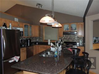 Photo 5: 39 Hamilton Meadows Drive in Winnipeg: Crestview Residential for sale (5H)  : MLS®# 1822749